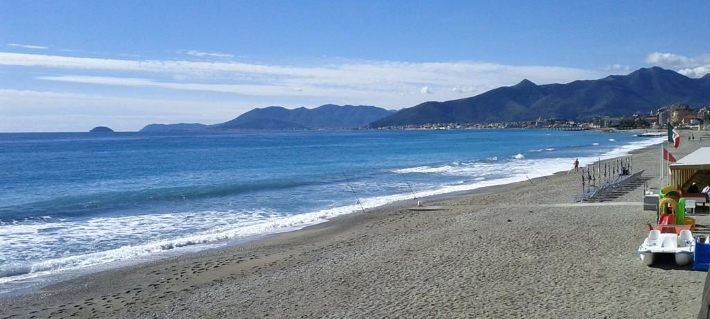 Hotel vicino Spiaggia Pietra Ligure, Alberghi sul mare ...